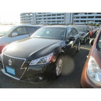 TOYOTA CROWN ATHLETE 2014